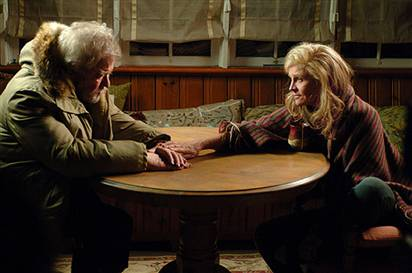Gordon Pinsent and Julie Christie in Away From Her
