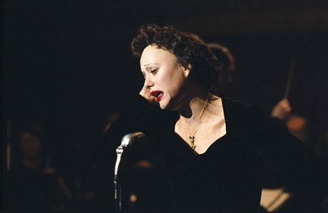 """Marion Cotillard as Edith Piaf in """"La Vie en Rose"""""""